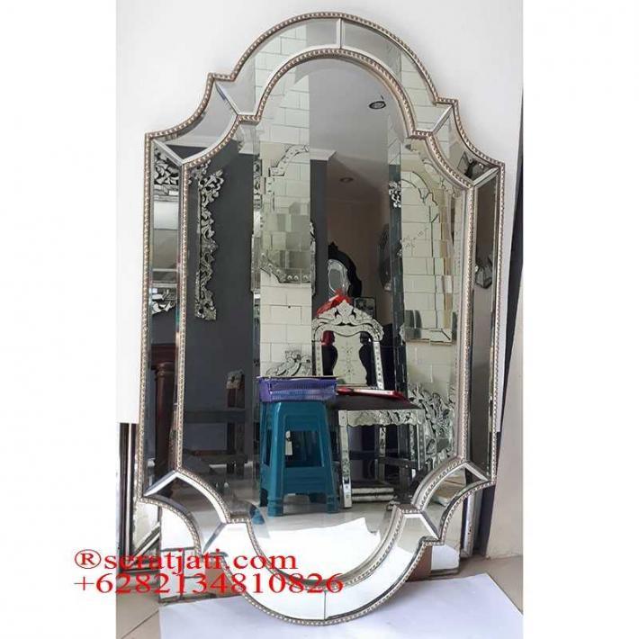 Mirror venetian. Cermin ukir. Cermin ukir oval. Cermin hias dinding kamar mandi. Cermin hias minimalis