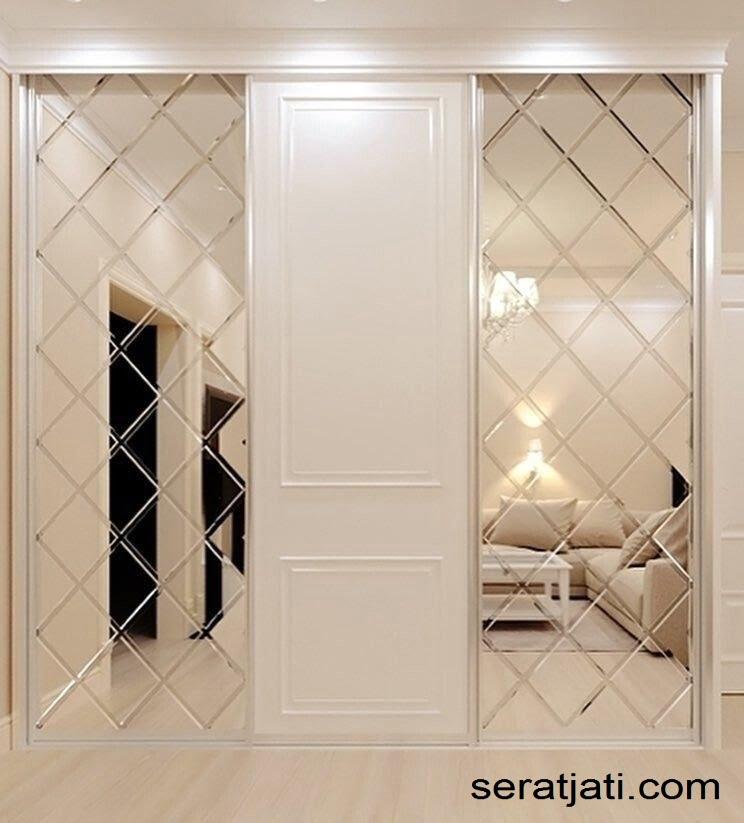 cermin dinding atau wall mirror