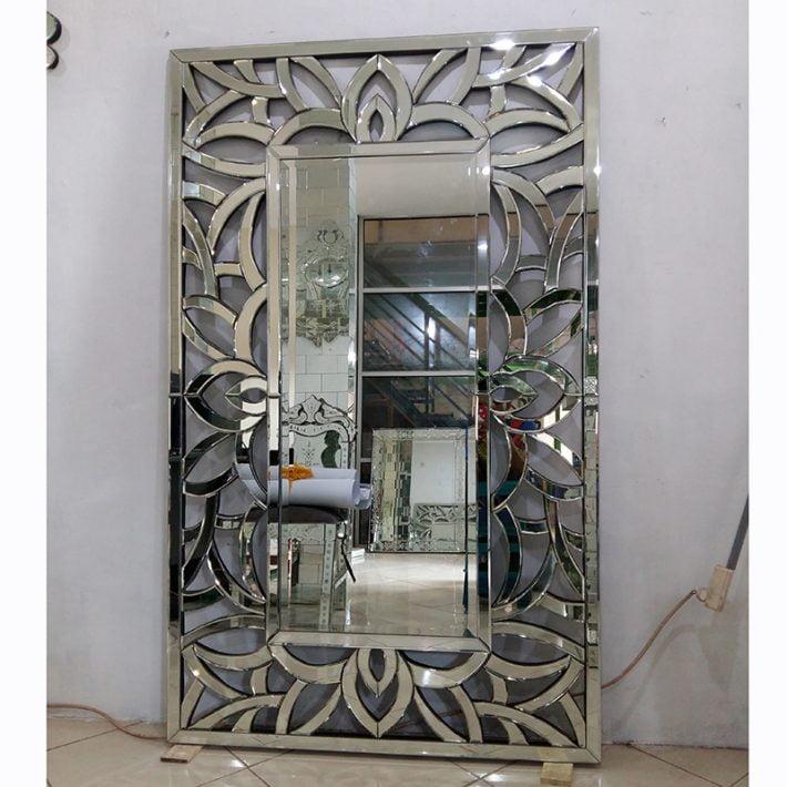 Cermin dinding bevel. Venetian mirror. Cermin dinding. Venetian style mirror